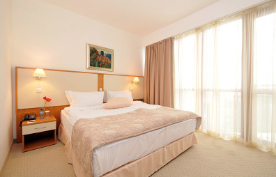 indiya-doubletree-by-hilton-hotel-varna-golden-sands-photos-room-p